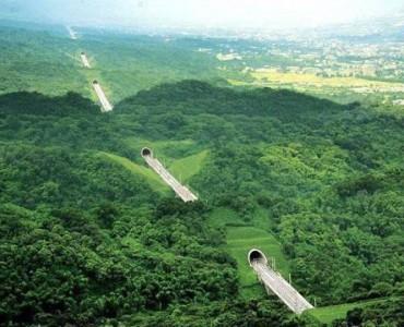 Hsuehshan Tunnel Taiwan