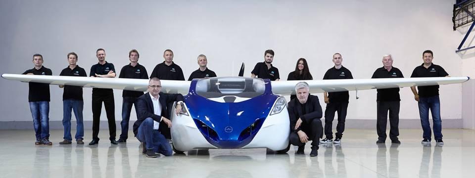Flying_Car_in_2015.jpg