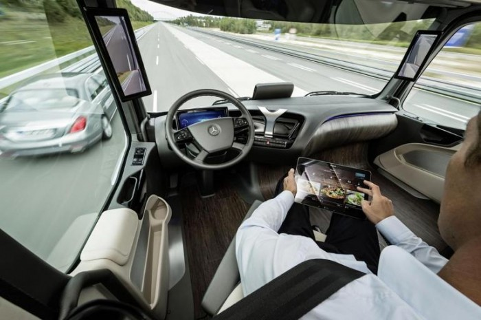 Mercedes-Benz Future Truck 2025 Interior