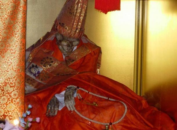 mummified_monk_Shinnyokai-Shonin
