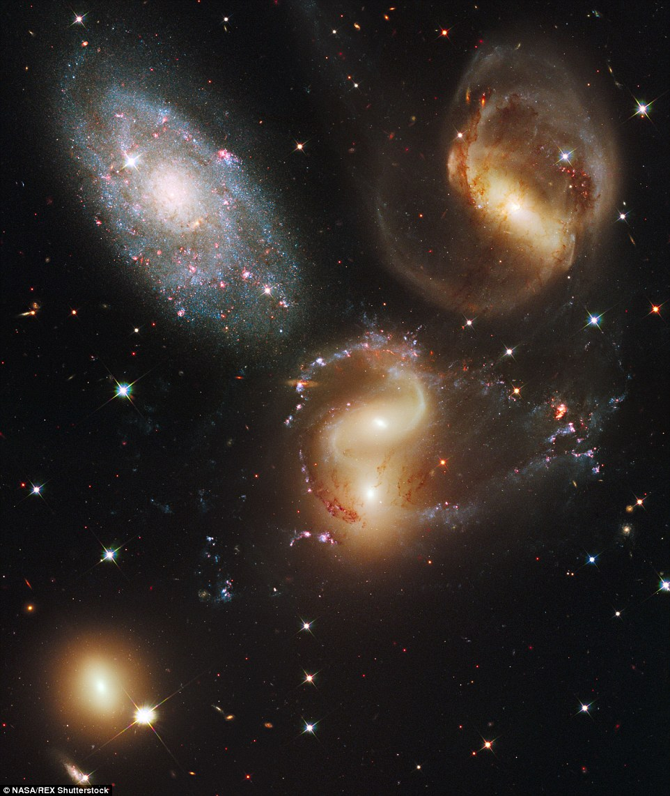 Hubble Telescope Will Celebrate 25 Years With 25 Greatest ...